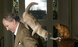 Alexander McCall Smith (and his cat)
