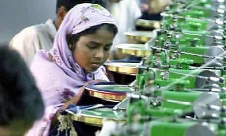 Textil workers in Dhaka, Bangladesh