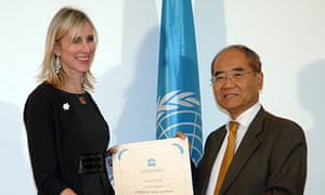 Lauren Child is inaugurated as an Artist for Peace by the Unesco director general Koichiro Matsuura. Photograph: Unesco/Danica Bijeljac