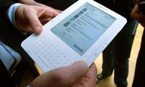 Stars fall in amazon protest about ebook prices books the guardian amazon kindle 2 fandeluxe Image collections