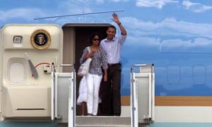 President Obama arrives in Cape Cod