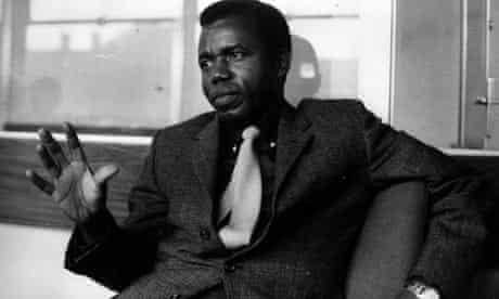 Chinua Achebe in 1967