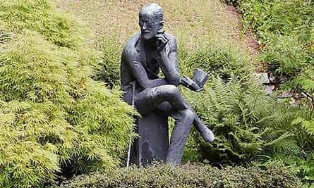 Statue of James Joyce by his grave at Fluntern cemetery in Zurich