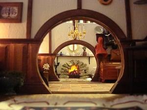 Hobbit hole: Hobbit hole hallway