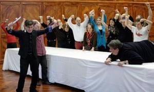 Robert Carsen rehearses Falstaff at the Royal Opera House