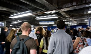 Crowded Victoria tube station