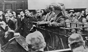 Dr Crippen, and Ethel Le Neve, on trial at the Old Bailey for the murder of the late Mrs Crippen, c1
