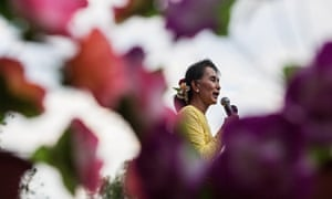 Aung San Suu-Kyi during the 2015 campaign trail