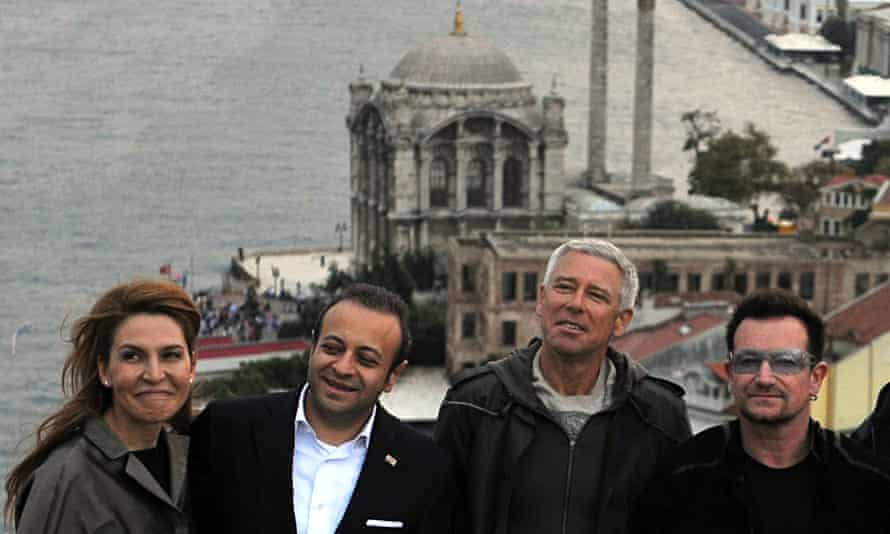U2's Bono and Adam Clayton with an AKP politician and his wife in Turkey, 2010.