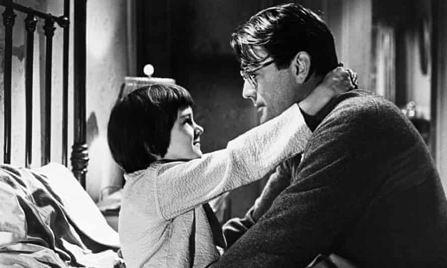 Gregory Peck and Mary Badham in <To Kill a Mockingbird>