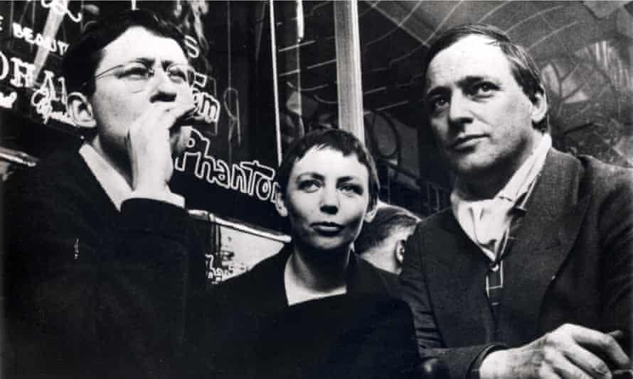 Guy Debord (left), Michèle Bernstein and Asger Jorn in Paris 196.