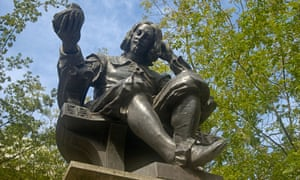 Statue of Sir Thomas Browne, Hay Hill, Norwich, Norfolk