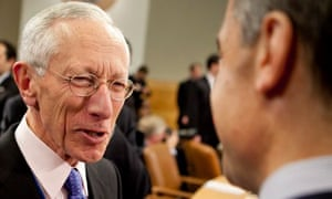 Stanley Fischer at an IMF meeting in 2011