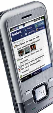 INQ1 - 3's 'Facebook phone'