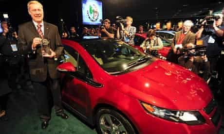 Chevrolet Volt wins car of the year award at Detroit Auto Show