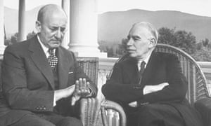 US Treasury Secretary Henry Morgenthau Jr and British economist John Maynard Keynes