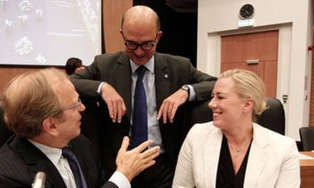 Pierre Moscovici (C), Jutta Urpilainen (R) and Erkki Liikanen (L) - eurozone finance me
