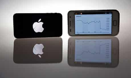 Apple iPhone 4S and Samsung Galaxy S