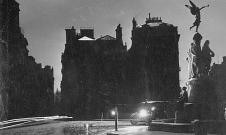 Blackout in London, 1940