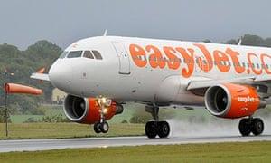EasyJet plane lands at Luton Airport