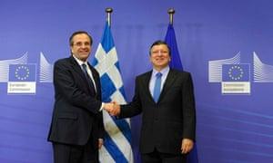 EC president Jose Manuel Barroso (R) welcoming Greek prime minister Antonis Samaras (L)