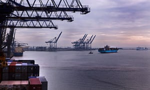 UK exports boost GDP