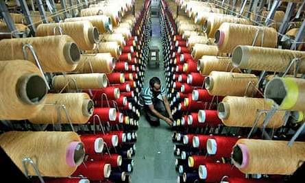 Indian manufacturing activity shrinks