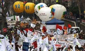 Teachers demonstrate against job cuts in Paris