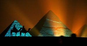 Architecture: The pyramids of Giza, Egypt