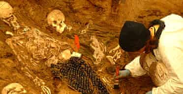 Artificial mass graves at Bournemouth University