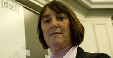 Dr Frances Saunders