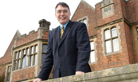 Prof Les Ebdon, vice-chancellor of the University of Luton and chairman of Million+