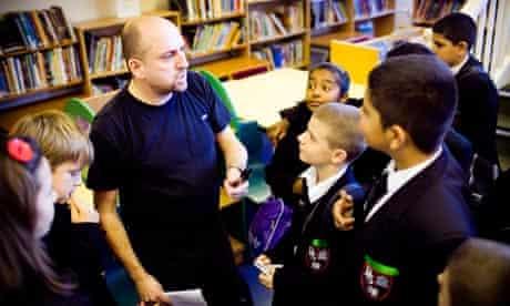 Jonny Zucker talks to pupils at Broomfield school, London.