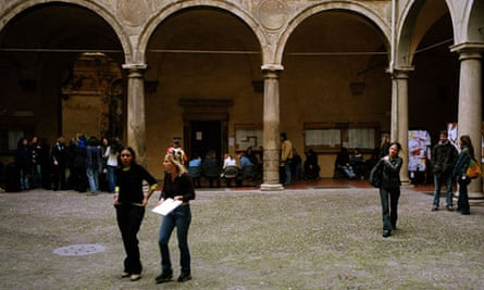 Bologna: the UK degree is already shorter than in many countries