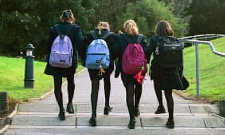 The dynamics of friendship change at secondary school