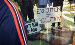 US demonstraters oppose the death penalty