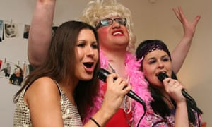People are very rarely out of tune when they sing, researchers say