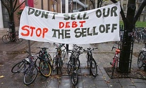 Students protested about loans being sold off to private companies