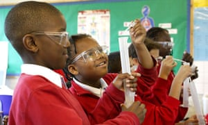 The Royal Society and others have criticised the changes to GCSE science