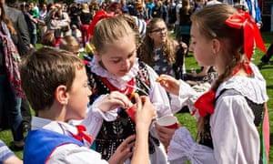 children in traditional polish costume