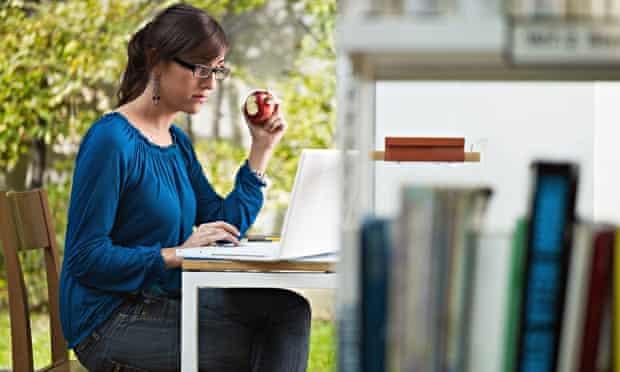 postgrad student apple