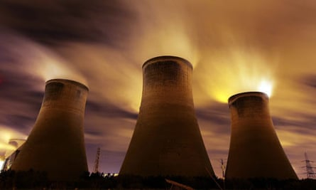 Climate Change And Pollution  At Copenhagen : coal fueled Fiddlers Ferry power station, Warrington