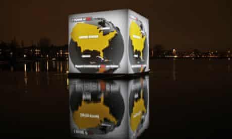 COP15 : floating cubicle installation in Copenhagen