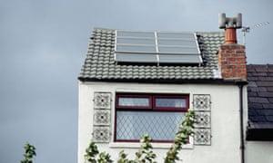Solar Roof Panels in UK