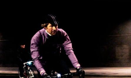 Bike Blog : The Rapha + Paul Smith Rain Jacket