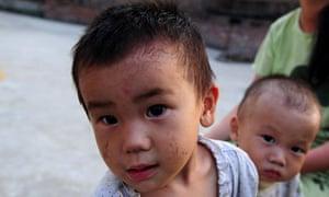 China chemical pollution in Hunan at a village near the Wugang Manganese Smelting Plant