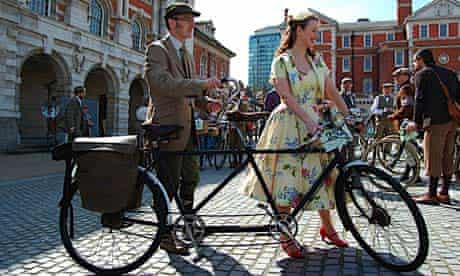 Bike Blog: Tweed Run 2010