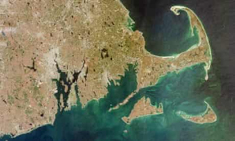 Wind farm on Cape Wind : South of Cape Cod are Nantucket Island and Martha's Vineyard