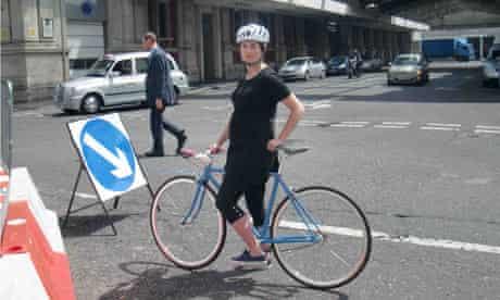 Sam Haddad even pregnant still rides her bike