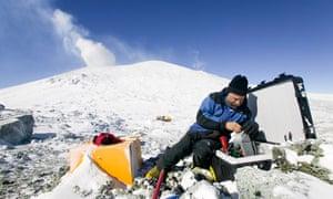 Climate change : Scientist on Mt. Erebus, Ross Island, AntarcticaMt. Erebus, Antarctica